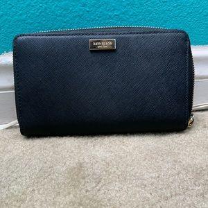 Black Kate Spade Wristlet Wallet